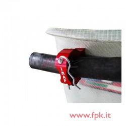 Supporto per aggancio tubo acqua